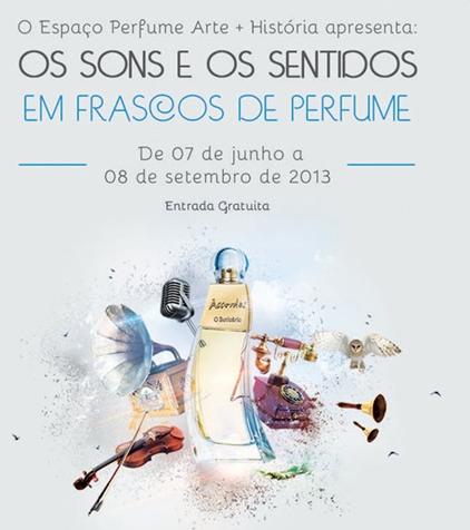 Exposición explora los sonidos y sentidos de las botellas de perfume